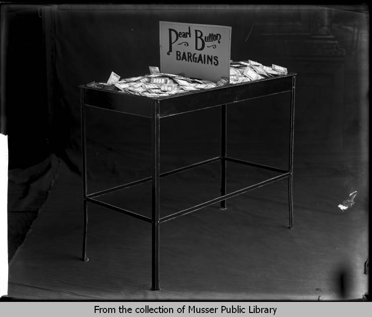 Automatic Button Company - Musser Public Library - Upper Mississippi