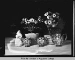 [Hauberg home, table decorations]