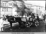 Knox College flower and pony parade