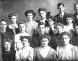 Galesburg high School 1909 shorthand class
