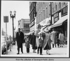 Pedestrians in downtown Davenport
